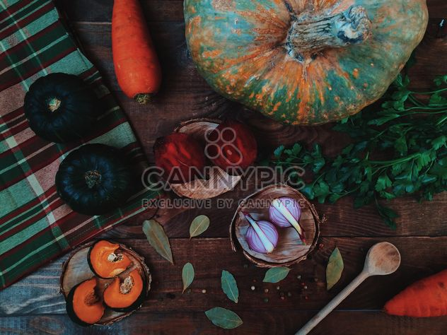 Raw vegetables on table - Free image #136521