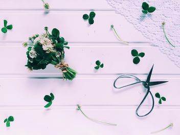 Bouquet of clover flowers - image #136591 gratis