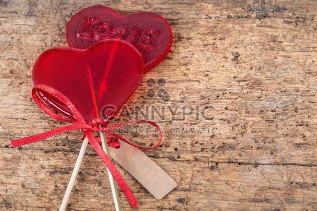 Конфеты в форме сердца - бесплатный image #183011