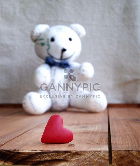 Teddybear velho e e coração dia dos namorados - Free image #183881