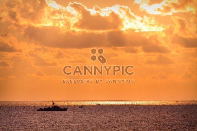 Barcos en un mar - image #184641 gratis