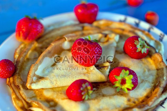 Pancakes with strawberries - Free image #185871