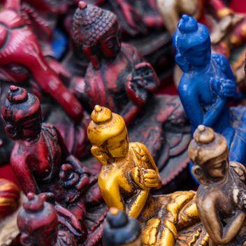 Tiny buddha statues - Free image #185961