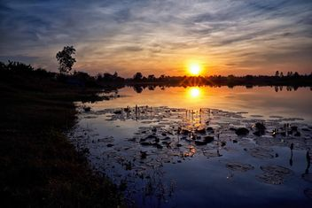 Landscape on lake at sunset - image #186121 gratis