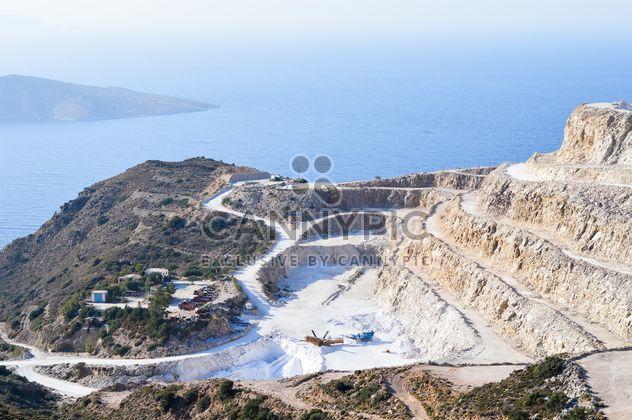 Quarry near Mochlos, Crete island - image #186271 gratis