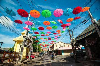 Colorful umbrellas - image #186551 gratis