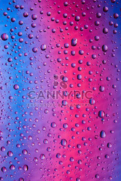 Gotas de agua en el color de fondo abstracto - image #187661 gratis