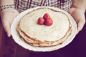 Pancakes with strawberries - Free image #198491