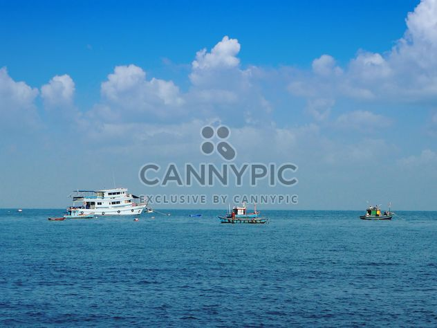 Boats in the sea, Chonburi, Thailand - Free image #201491