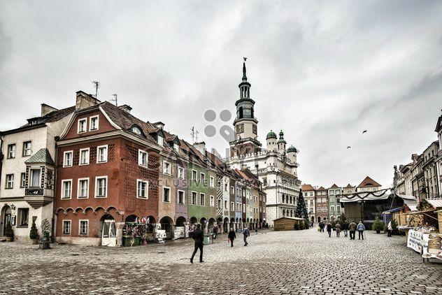 Place du vieux marché à Poznan - image gratuit #271621
