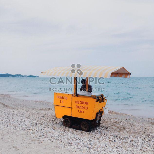 Crème glacée sur la plage - image gratuit #271741