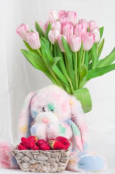 Bouquet of pink tulips - image #272581 gratis