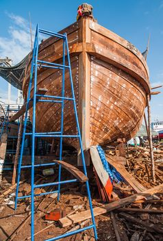 restoration of fishing boat - image gratuit #273591