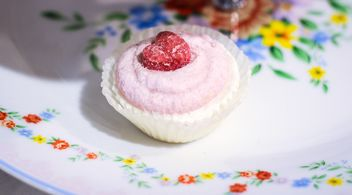 Valentine cupcake - Free image #273881