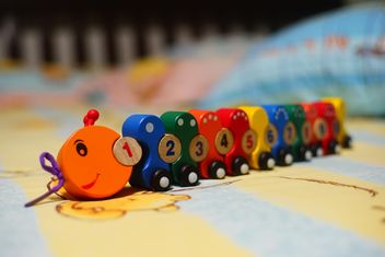 #Caterpillar #train, 1 to 10 Numbers, wooden toys. #mylastphoto?? - бесплатный image #274781