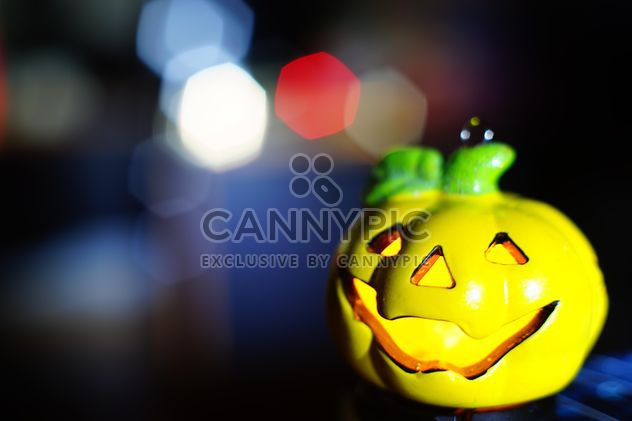 another #halloween2014 #pumkin in front of multiple #colours #hexagon #bokeh. - Free image #274801