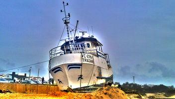 Barco Encalhado - image #284741 gratis