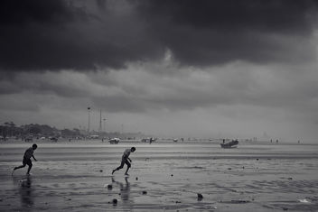 Against the wind | Chennai Marina Beach - image #287141 gratis