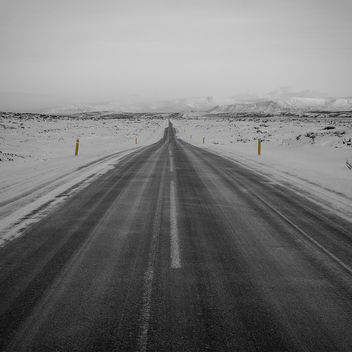 Country Road to Reykjavik - image gratuit #290711
