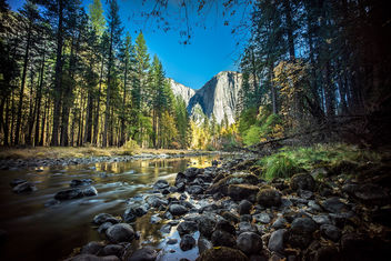 A view of El Capitan, Yosemite National Park, United States - Free image #295001