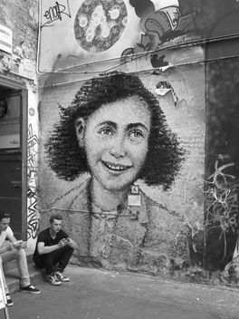 Anne Frank Zentrum in Berlin - бесплатный image #298371