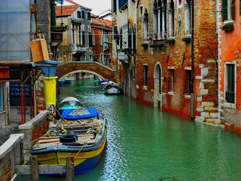 Gondola boat pier in Venice - бесплатный image #301431