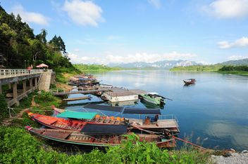 Moored fishing boats - image gratuit(e) #301711