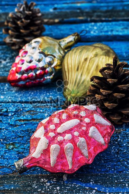 Christmas decorations and cones - Free image #302051