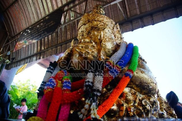 Black Goddess Giant in Wat Saman - image gratuit #302381