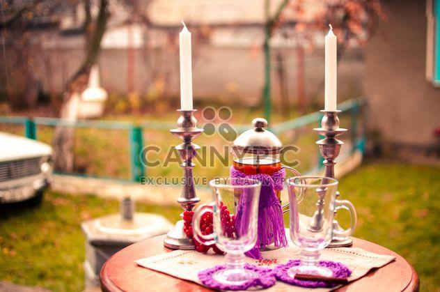 thé chaud avec des bougies de cannelle - image gratuit #302951