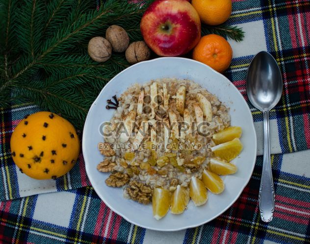 Oatmeal with fruit and nuts - Free image #303311