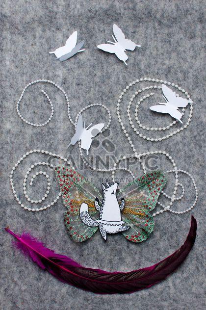 Applique hergestellt aus Papier Fox, Schmetterlinge und Feder - Kostenloses image #305371