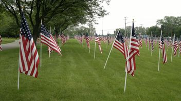 USA Flags ready for Memorial Day - бесплатный image #305711