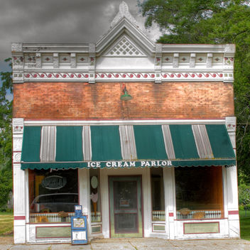 Galien Ice Cream Parlor - Free image #314401