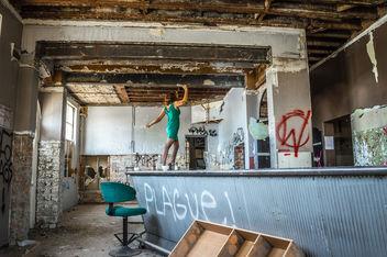 Milf Bartop Dancing - Free image #319141