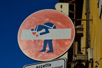 Sticker art - Tele nel traffico - Free image #320051