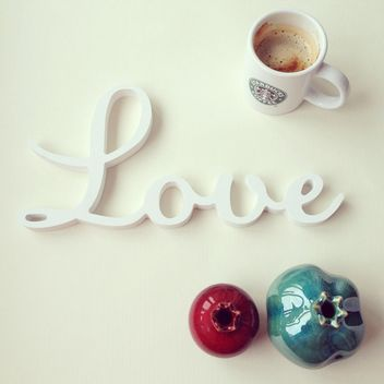 Word Love, cup of coffee and decorative pomegranate - image #329071 gratis