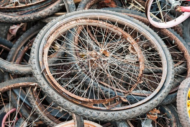 Old bicycle wheels - Free image #330381