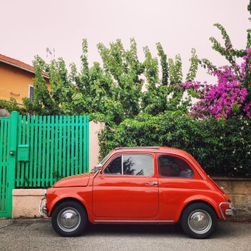 Red Fiat 500 car - image gratuit #331231