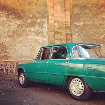 Green Alfa Romeo car - image gratuit #331491