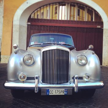 Retro classic car - image #331531 gratis