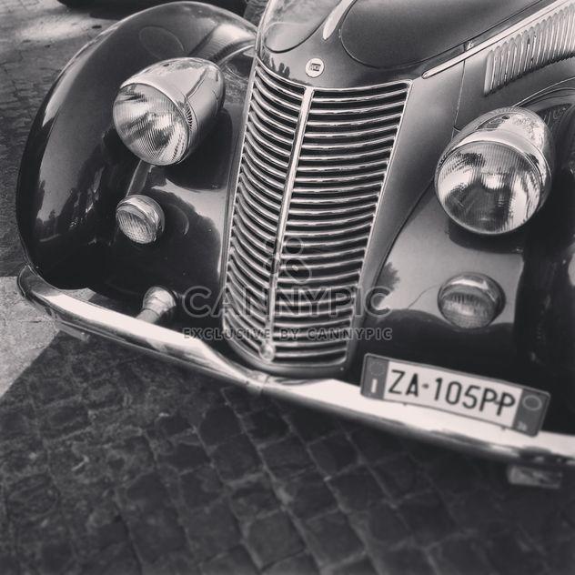 Antiguo coche de Lancia - image #331721 gratis