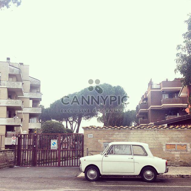 Vieille petite voiture - image gratuit #331981