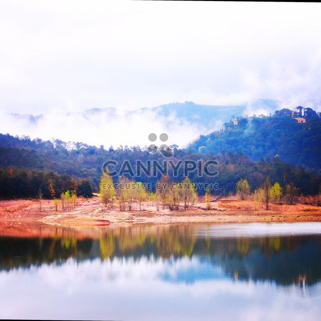 Autumn landscape with lake in mountains - Free image #332161