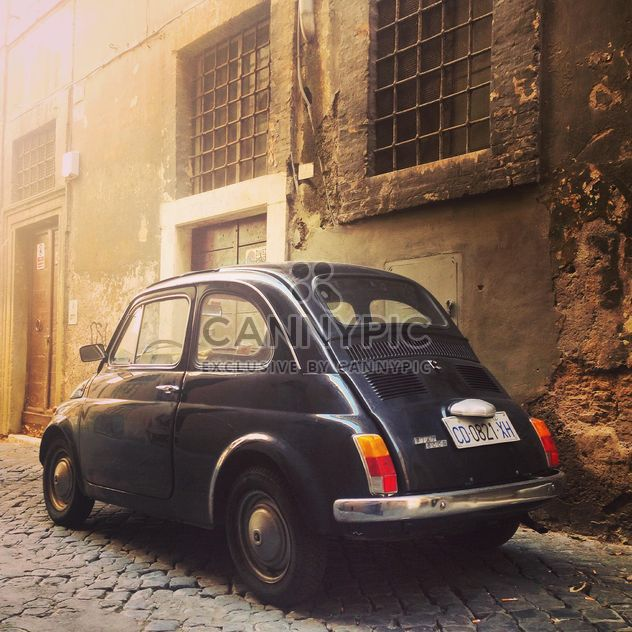 Retro schwarz Fiat 500-Auto - Kostenloses image #332281