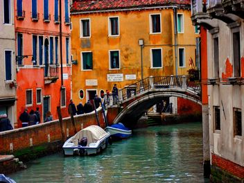 Gondolas on canal in Venice - image #333681 gratis