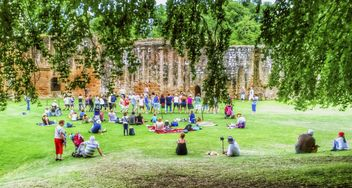Kenilworth castle in Warwickshire, England - Free image #334191
