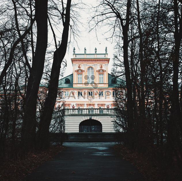 Palacio de Wilanow en Varsovia - image #334201 gratis