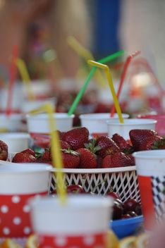 Strawberry for fairy - image #334281 gratis