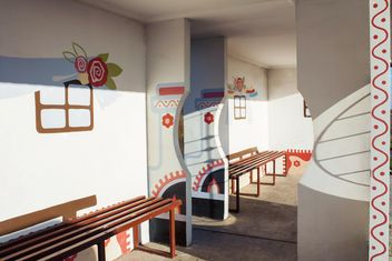Painted bus station - image gratuit(e) #335221